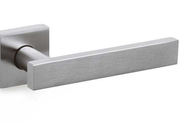 blade-coB6D12EBB-A745-6B59-B920-E63BBEDBBE60.jpg