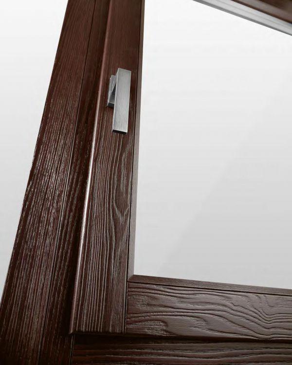 finestre-in-legno-verona-666E3180C-0A9B-637A-1E1C-F34D11BDCC5D.jpg