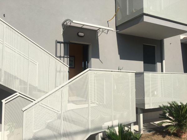 my-house-le-nostre-realizzazioni-pensilina-verona87966A94-4E37-2D75-15F2-DA26DD06D0C9.jpg