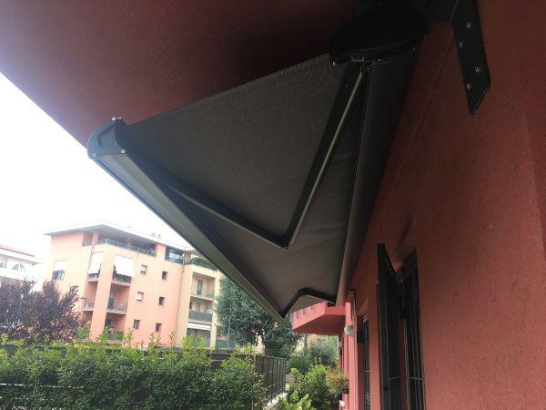 my-house-verona-i-nostri-lavori-tende-da-sole5402EC9C7-D72D-5CCC-2EA4-BD8F42F8560B.jpg
